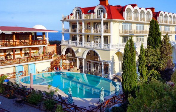 Отель Александрия, Сухум
