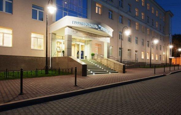 Гостиница Грин Парк Отель 3